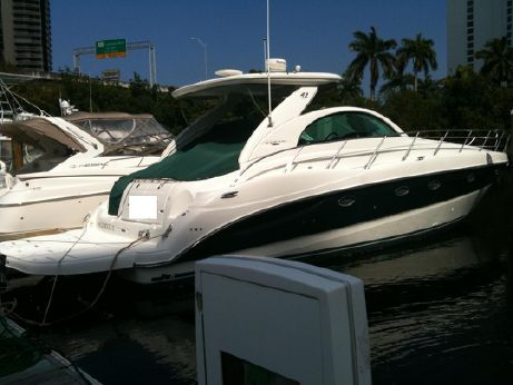 2002 Maxum 42 SCR Sport Yacht (Sea Ray)