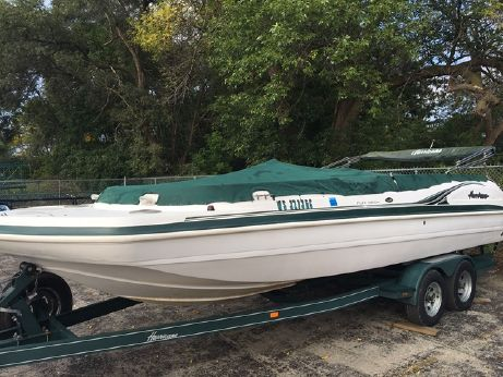 2001 Hurricane 232 FUNDECK