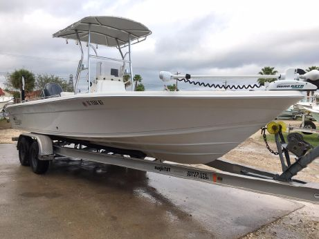 2005 Sea Chaser 245 LX Bay Runner
