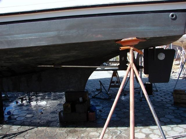 41' DeFever Passagemaker 41+Port rudder detail