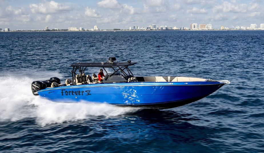2018 Motion Center Console Power Boat For Sale - www yachtworld com