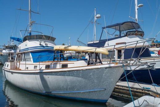 1976 Gulfstar 43 Trawler