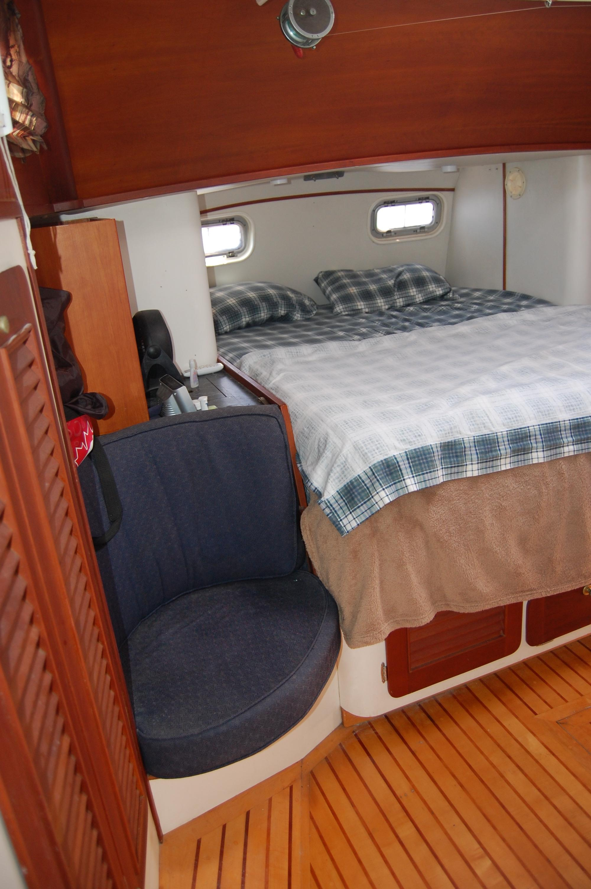46' Maple Leaf Queen Cutter+Photo 112