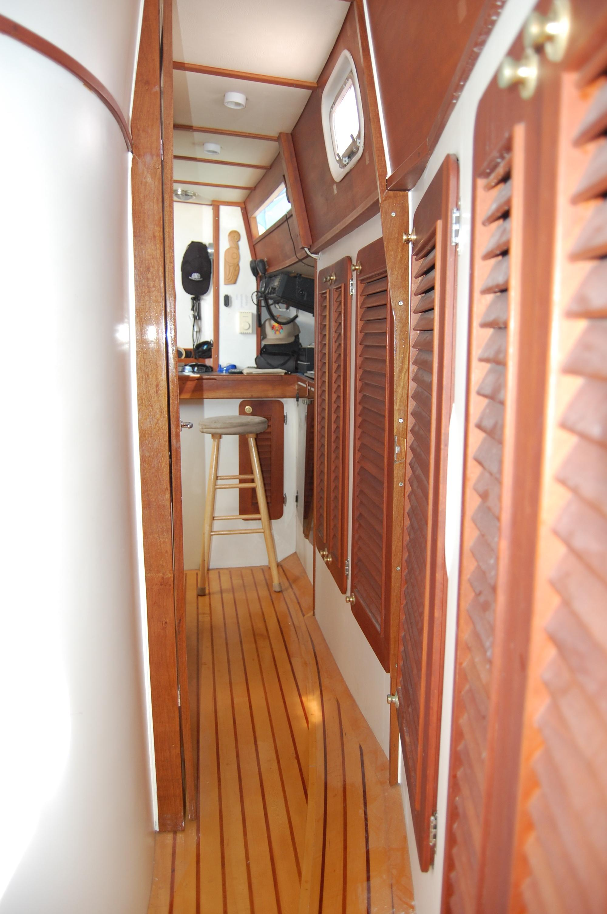 46' Maple Leaf Queen Cutter+Photo 116