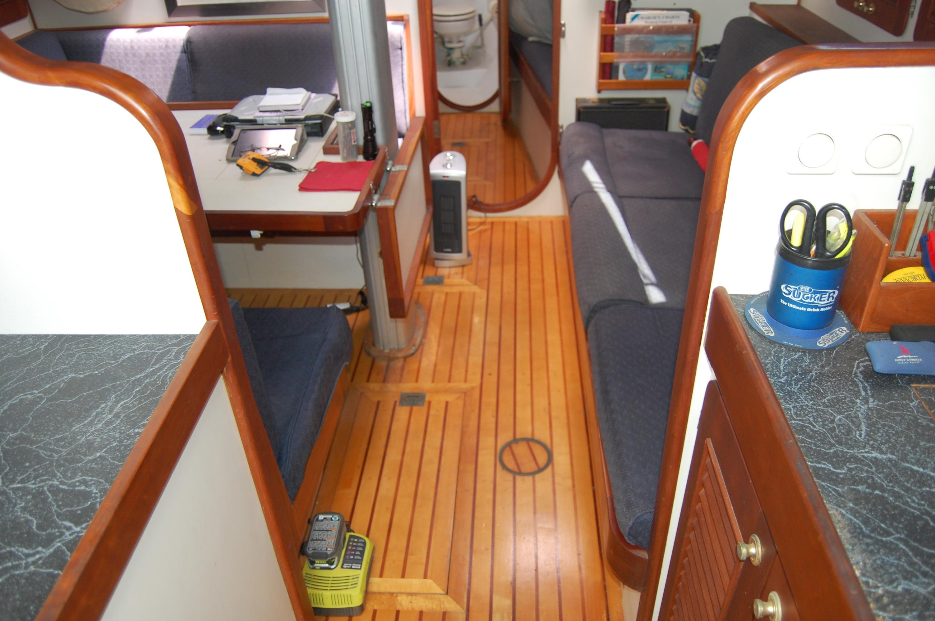 46' Maple Leaf Queen Cutter+Photo 127