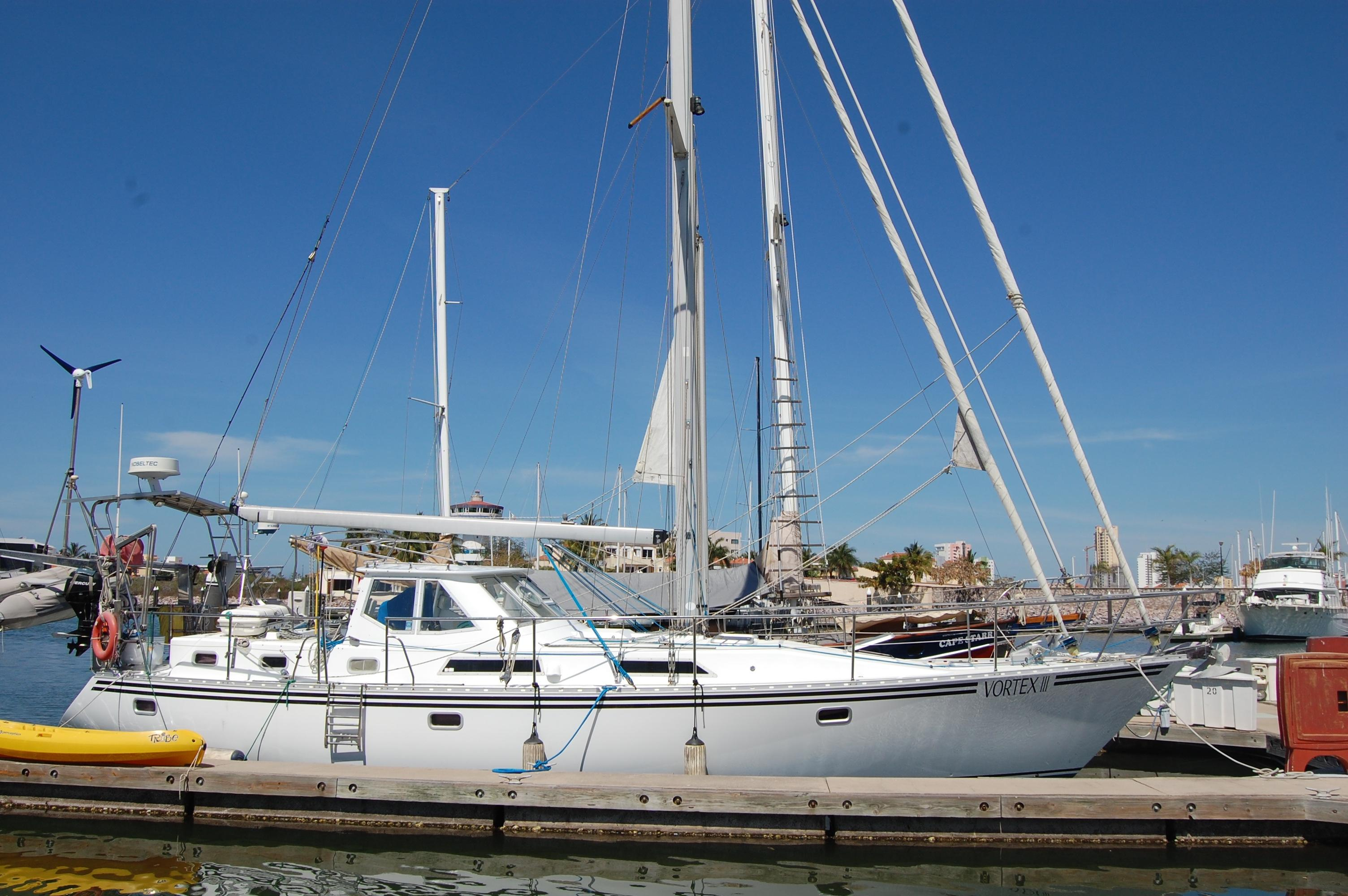 46' Maple Leaf Queen Cutter+Boat for sale!