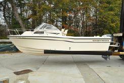 2005 Grady-White Seafarer 226