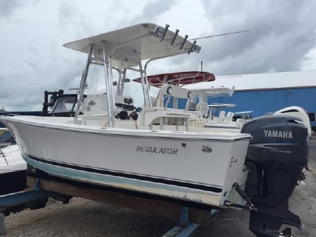 2004 Regulator 21 Center Console