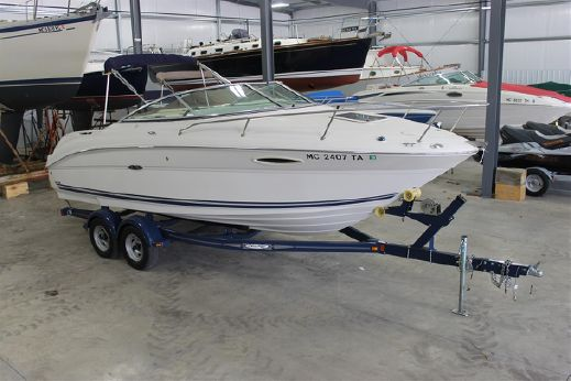 2007 Sea Ray 215 Weekender