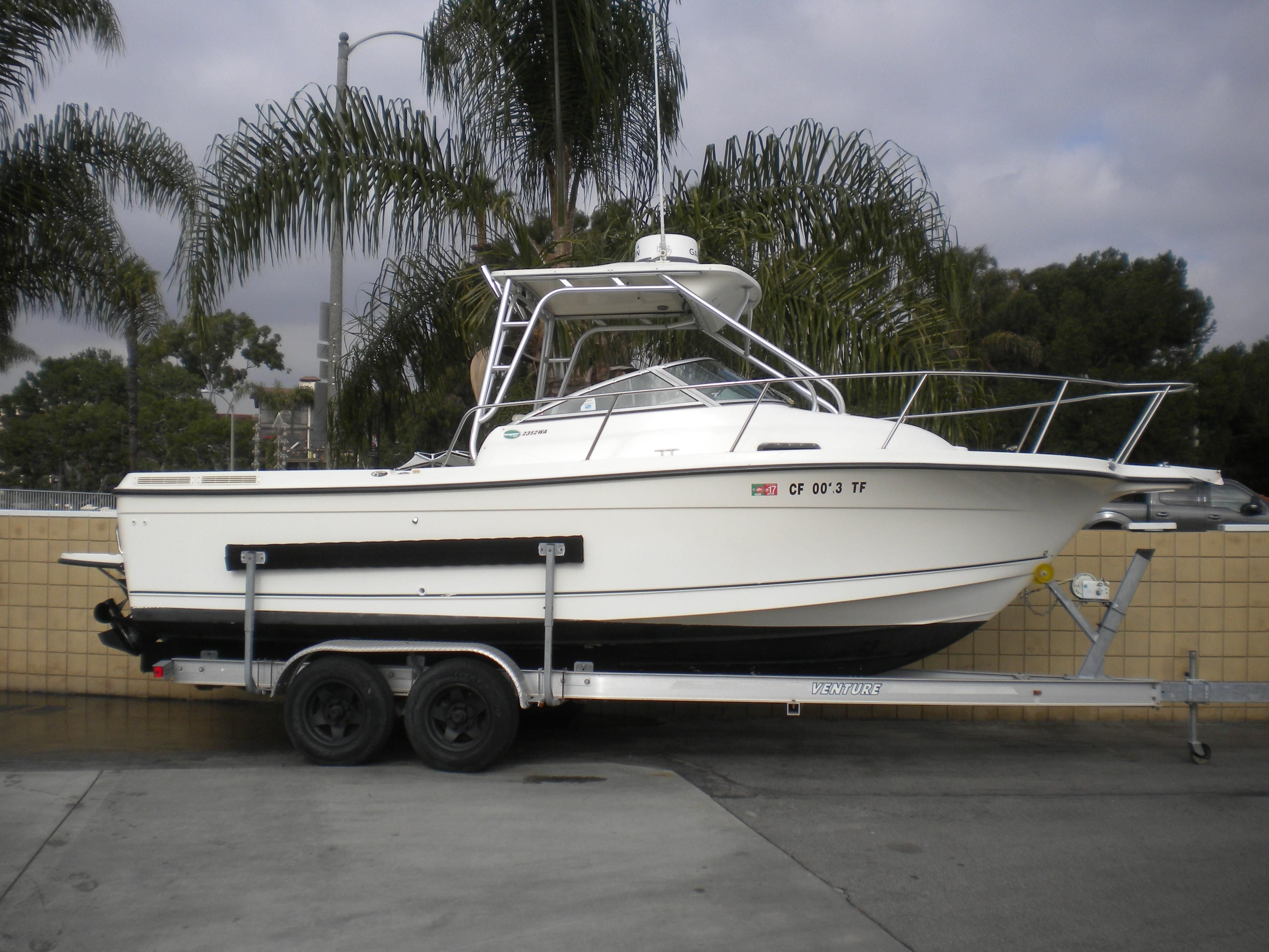 2004 Trophy 2352 Walkaround Power New And Used Boats For