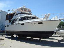 1987 Carver 420 Motor Yacht
