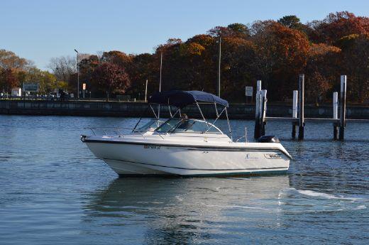 2003 Boston Whaler 210 Ventura