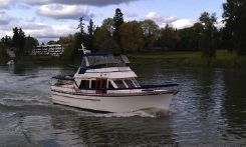 1981 Ocean Alexander Flush Deck TS FB Motor Yacht