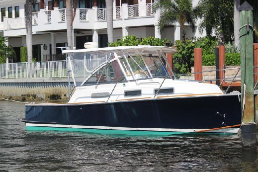 2005 Legacy Yachts 28