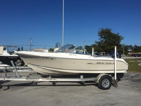 2008 Sea Hunt Escape 186 LE