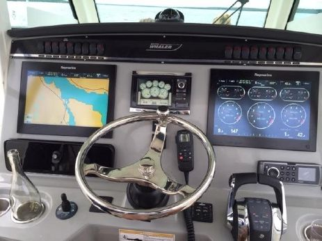 2015 Boston Whaler 350 Outrage WILL TRADE