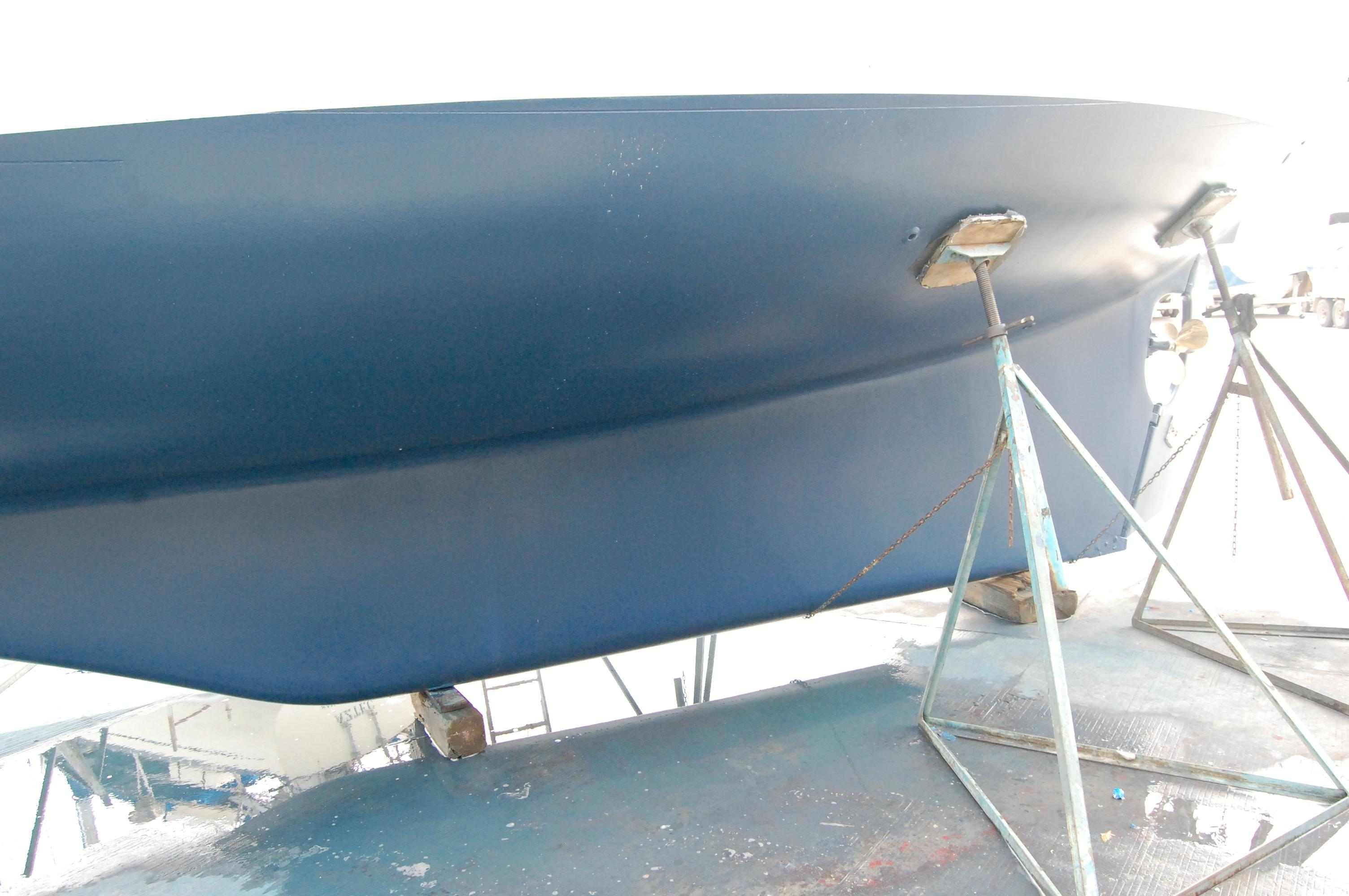 37' Tayana Cutter+New Bottom Paint March 13/17