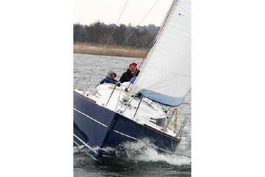 2009 Sun Yachts Huzar 910
