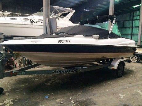 2005 Regal 1800 Bowrider with Trailer