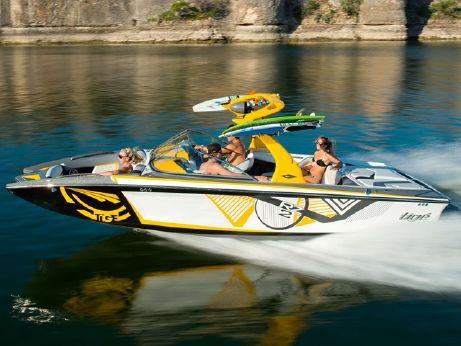 2016 Tige Boat RZ2