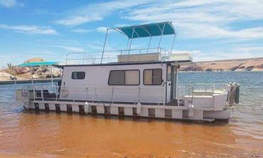 1982 Kayot 40 x 14 Pontoon Houseboat