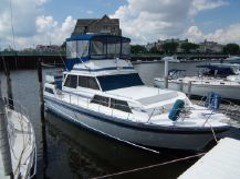 1985 Marinette 39 Motoryacht
