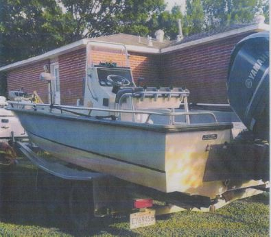 2005 Avenger Center Console With Trailer
