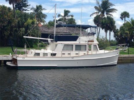 2002 Grand Banks 42 Classic