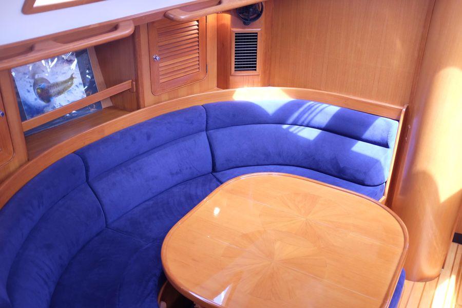Hylas 46 Sailboat Salon U shaped Dinette