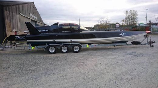 2001 Fabio Buzzi FB 32 RACING POWERBOAT