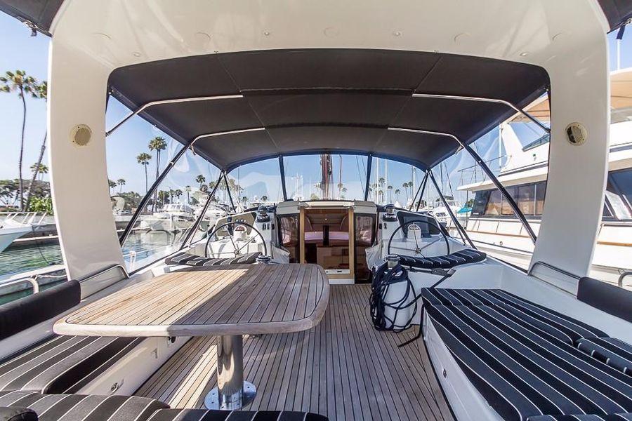 Alliaura Feeling 55 Sailboat Cockpit Lounge Seating
