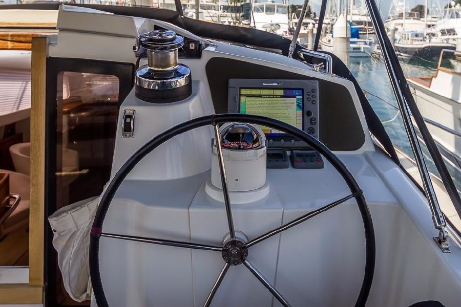 Alliaura Feeling 55 Sailboat Starboard Helm