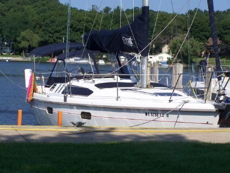 1998 Hunter Marine 376