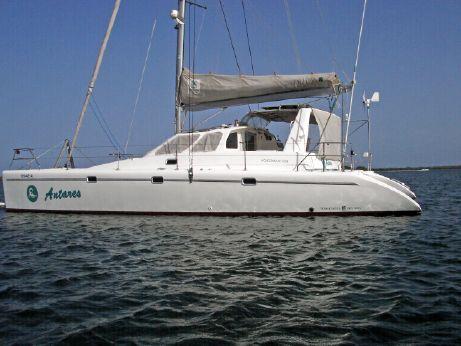 2001 Voyage Yachts 430