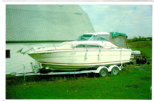 1981 Sea Ray SRV225 Sundowner