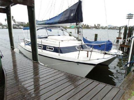 1992 Americat/endeavour Catamaran 30