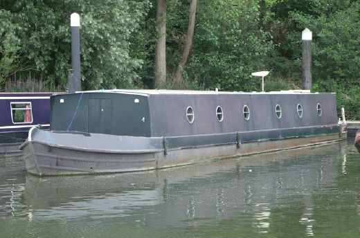 2004 Bluewater Wide Beam Barge