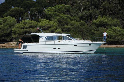 2017 Nimbus Boats 405 Coupé