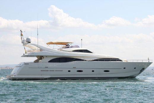 2005 Ferretti Yachts Custom 94