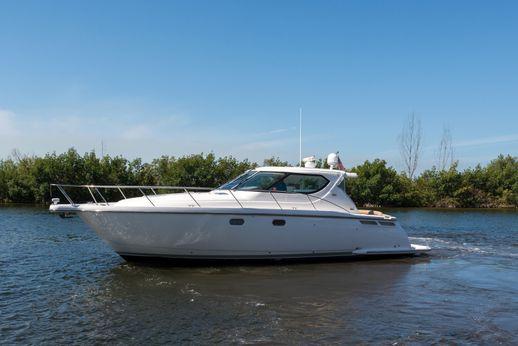 2009 Tiara 4300 Sovran