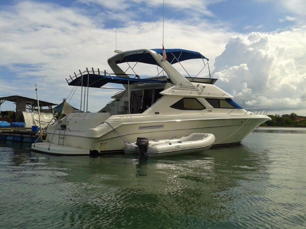 1995 sea ray 440 express bridge power boat for sale www for Sea ray motor yacht for sale