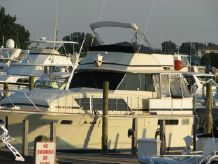 1973 Chris Craft 410 Motor Yacht