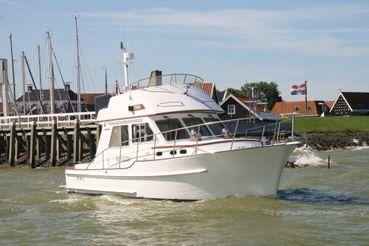 2006 Halvorsen 32 Gourmet Cruiser