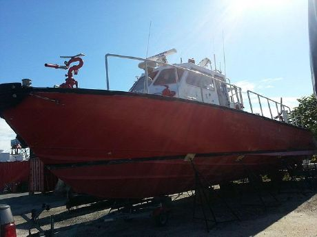 1992 Gladding Hearn Fire Boat