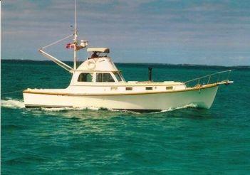 1978 Rockport Marine Flybridge Cruiser