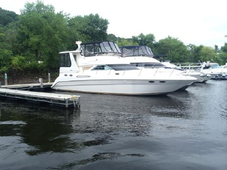1996 Sea Ray 420 Aft Cabin