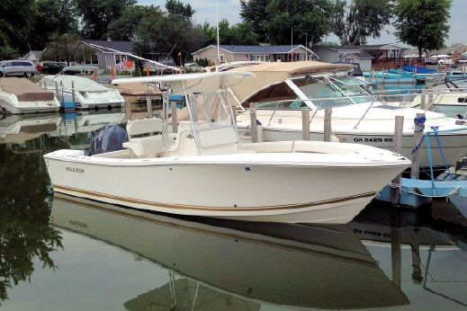 2005 Regulator 23 Center Console