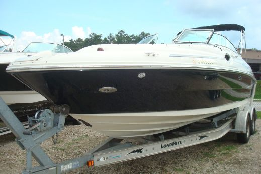 2006 Sea Ray 240 Sundeck