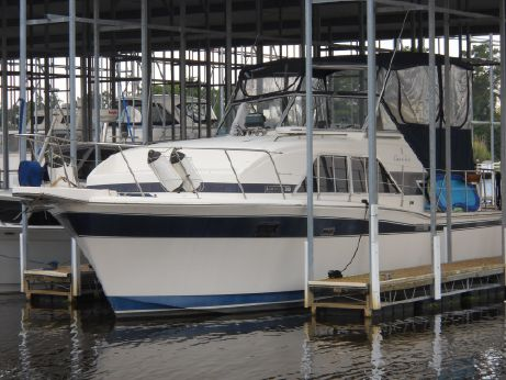 1985 Chris-Craft 350 Catalina
