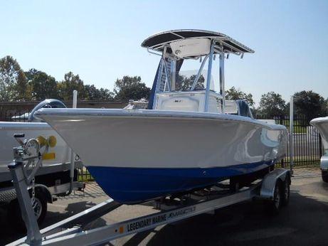 2018 Sea Hunt Triton 210